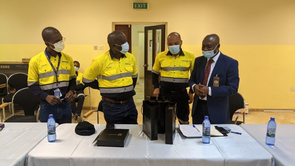 VICE-CHANCELLOR TOGETHER WITH TOP MANAGEMENT OF UENR VISITS NEWMONT AHAFO